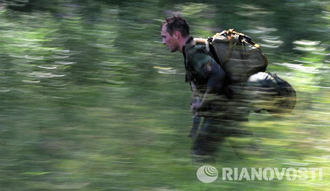 Сдача нормативов разведподразделением внутренних войск МВД России
