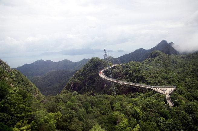 10 самых живописных мостов в мире