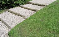 Как выбрать материал для садовой дорожки