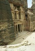 Скальный храм Эль-Хазне. Город Петра в Иордании
