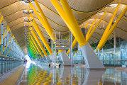 Аэропорт Мадрида Барахас (колонны-опоры)