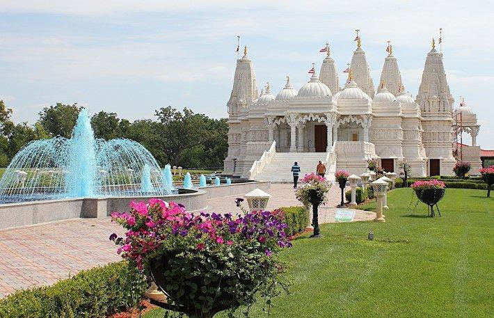 Храм Шри Сваминараян Мандир в Торонто
