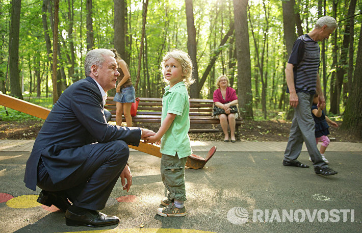 Сергей Собянин посетил парк Фили, где ведется благоустройство