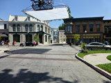 Дома на Warner Bros