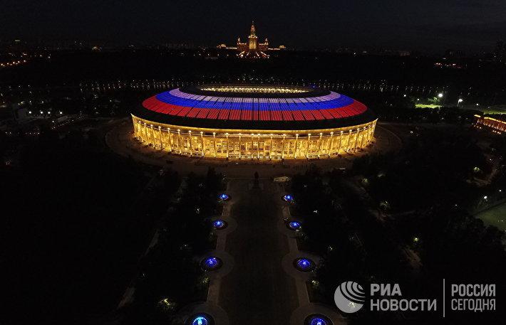 Подсветка стадиона Лужники
