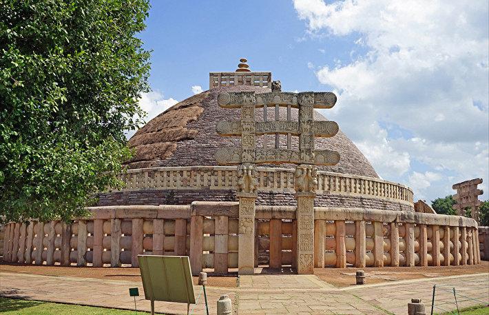 Список привереды: 9 древнейших и нераспиаренных городов мира
